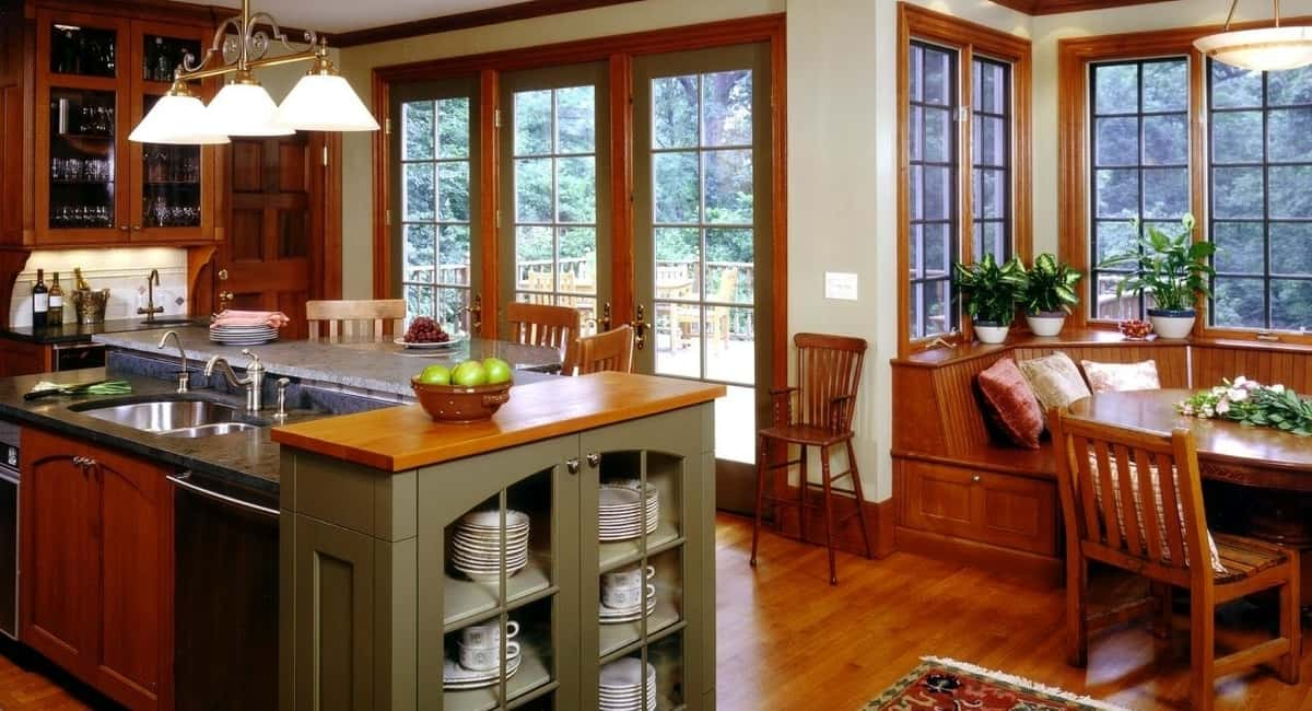 Consider Arts and Craft Style Furniture to Give Your Dining Room a Sense of History and Simple Elegance