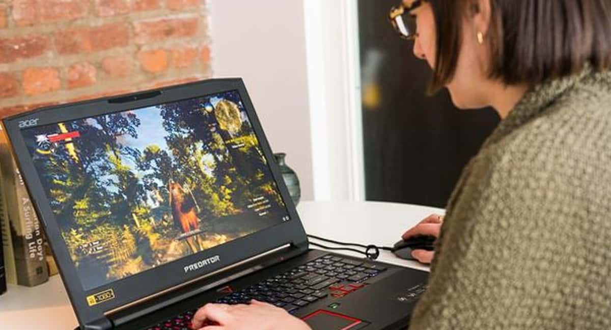 The Best Gaming Laptops aren't the Big Behemoths They Used to Be